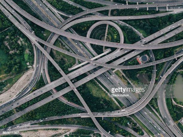 the complex and majestic city elevated roads in shanghai - verkehrswesen stock-fotos und bilder