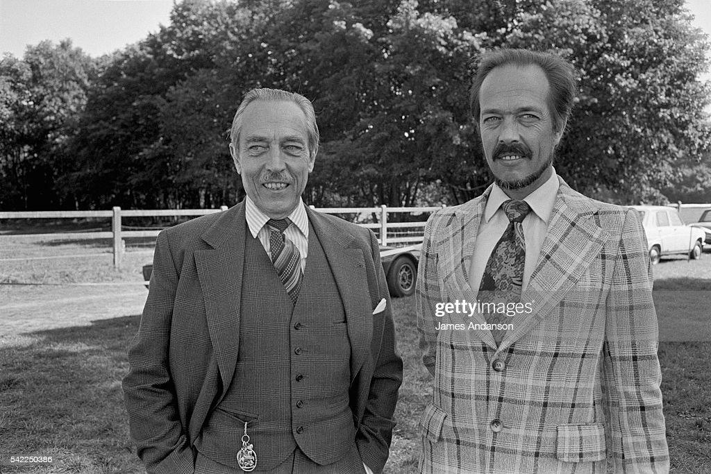 The Comte of Paris and the Comte of Clermont, Henri d'Orléans : News Photo