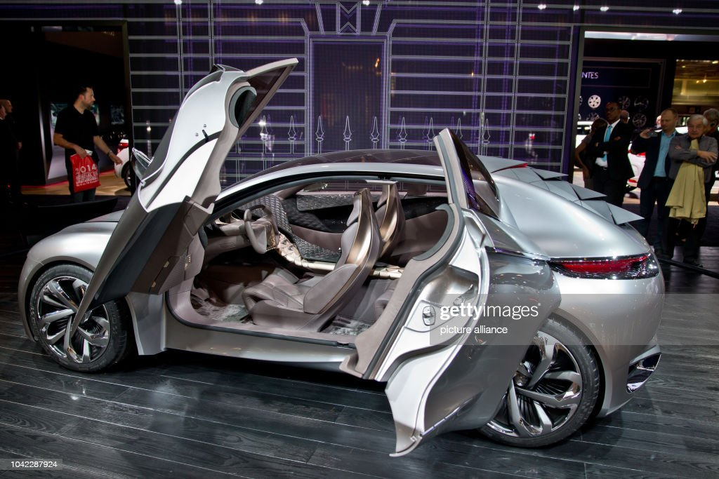 Paris Motor Show - Second press day Pictures | Getty Images
