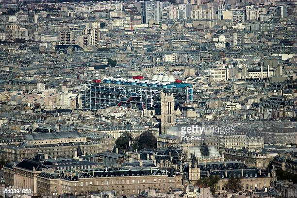 The contemporary architecture of the Centre Georges Pompidou, also called Beaubourg, contrasts with the architecture of such monuments as the Sainte...