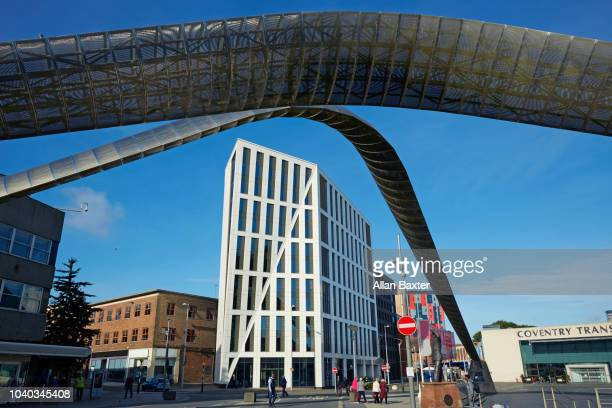 the contemporary whittle arch in the centre of coventry - coventry stock pictures, royalty-free photos & images