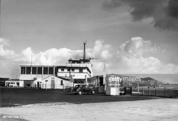 The control tower at Manchester Ringway Airport, 10th April 1950.