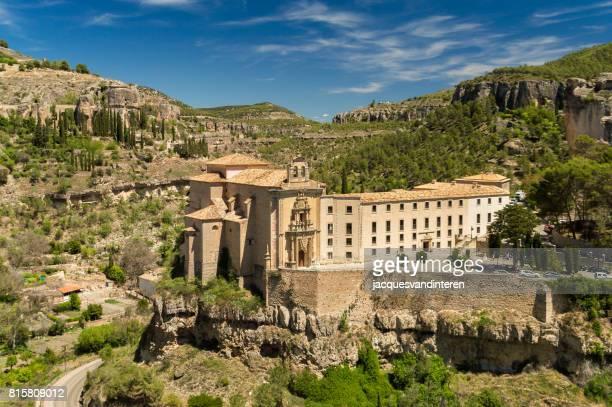 el convento de san pablo, en cuenca, españa - cuenca provincia de cuenca fotografías e imágenes de stock