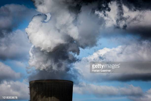 The cooling tower of the lignitefired power station is pictured on August 15 2018 in Schwarze Pumpe Germany