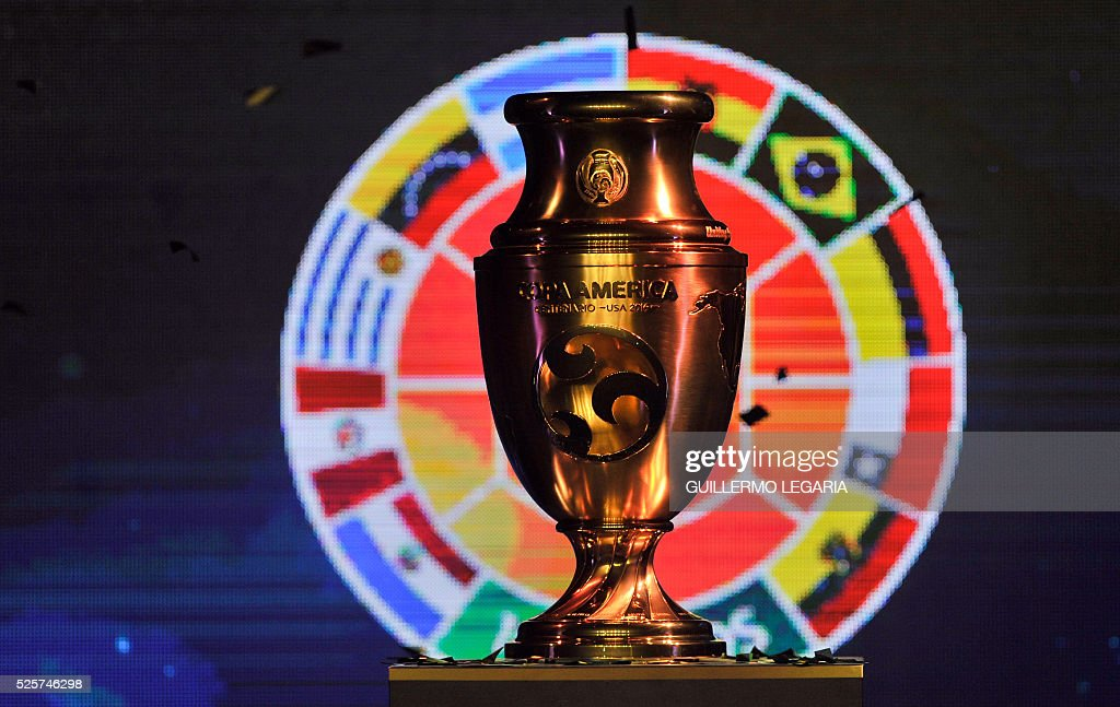 FBL-COLOMBIA-COPAM2016-CENTENARIO-TROPHY : News Photo