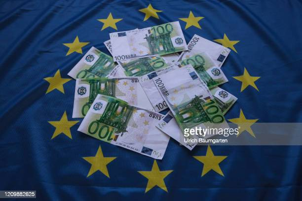 The corona epidemic keeps the world in suspense! Symbol photo to the topics COVID-19, Eurobond, corona epidemic, corona-bonds, state aid, insolvency,...