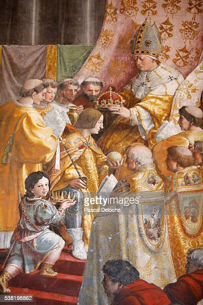 the coronation of charlemagne.1516-1517. raphael. room of the fire in the borgo. vatican museum. - coronation stock pictures, royalty-free photos & images