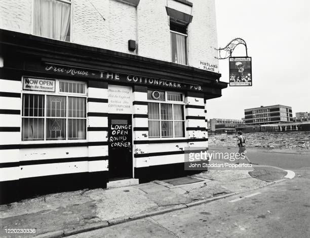The Cotton Picker Public House on the corner of Roscommon Street and Portland Place, in Liverpool, circa 1982. The 1980s saw the City of Liverpool's...