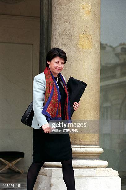 the Council Of Ministers In Matignon On October 22Nd 1997 In ParisFrance