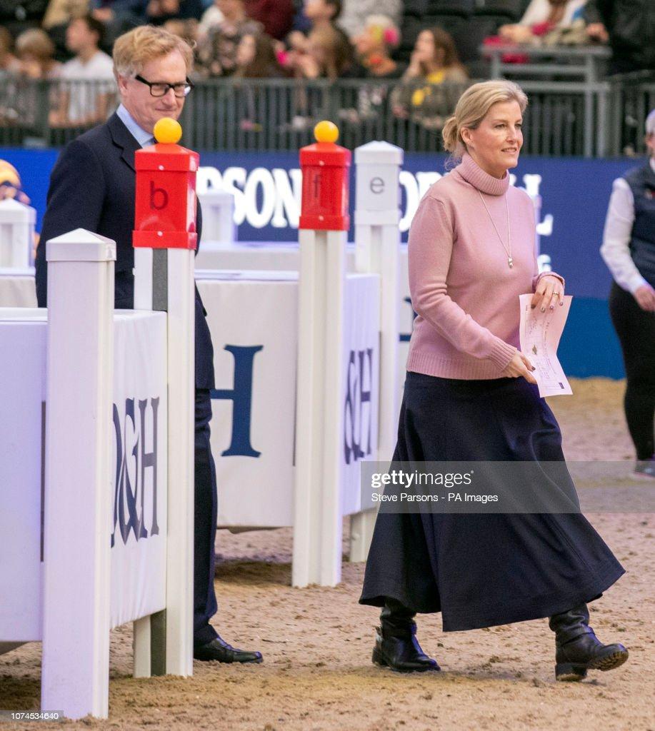 London International Horse Show - Day Five - London Olympia : News Photo