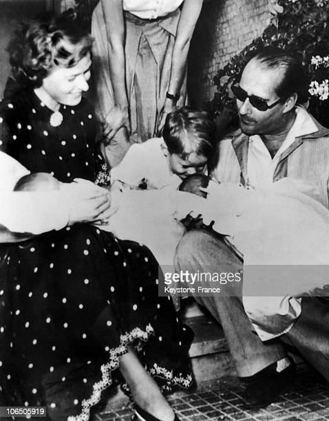 The Couple With Roberto Ingmar Their Eldest Son Kissing One Of His Twin Sisters Isotta And Isabella In Their Vacation House