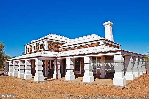 the courthouse, cossack, western australia - western australia foto e immagini stock