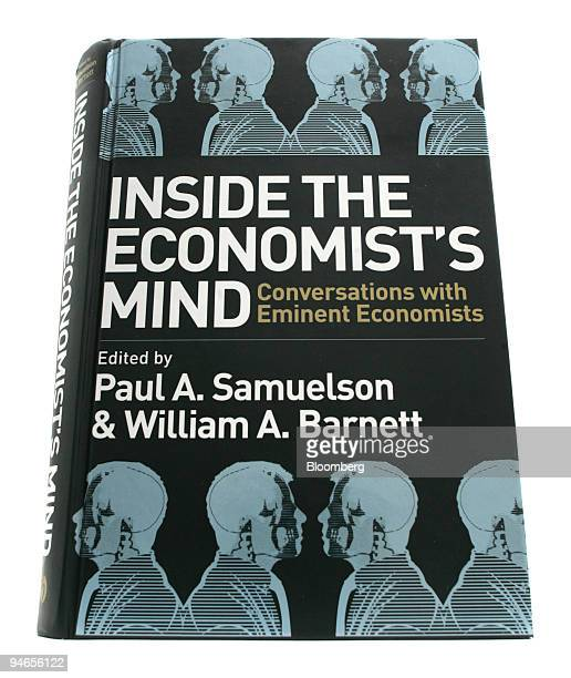 The cover of the book, Inside the Economist?s Mind, by authors Paul A. Samuelson and William A. Barnett.
