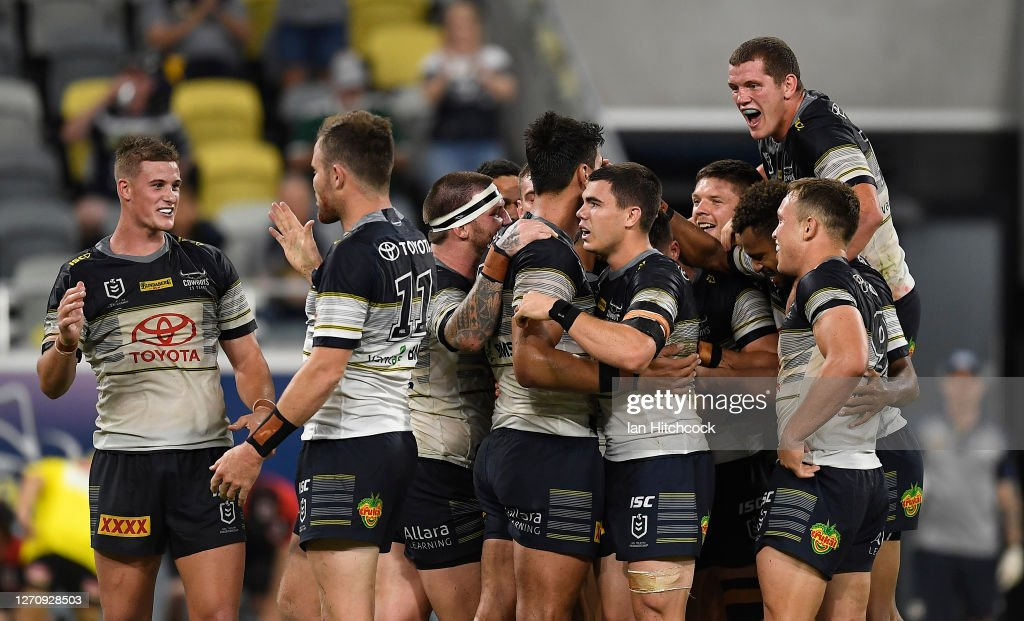 NRL Rd 17 - Cowboys v Dragons : News Photo