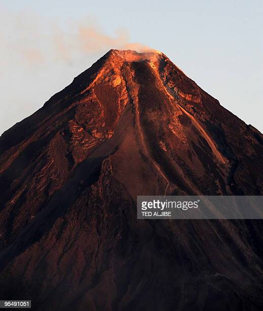 The crater of Mayon volcano as seen from Legazpi City Albay province 330 kilometres southeast of Manila early December 30 2009 The Philippine...