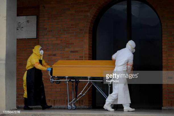 The cremation of the bodies that have died due to COVID-19 is carried out in the Serafin cemetery, located south of the capital Bogota, Colombia, on...