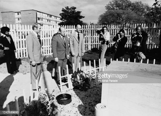 The crew of the ApolloSoyuz Test Project a joint USSoviet space mission lay a wreath at the grave of assassinated civil rights leader Dr Martin...