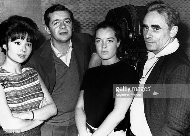 The crew of the film HELL Dany CARREL Serge REGGIANI Romy SCHNEIDER and the film maker HenriGeorges CLOUZOT before the shooting of the film This film...