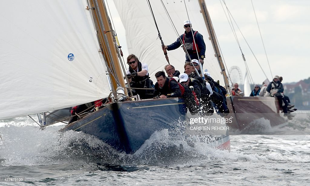 The crew of the racing yacht