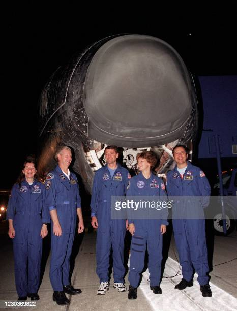 The crew of the US space shuttle Columbia Catherine Coleman of the US, Steve Hawley of the US , Pilot Jeff Ashby of the US , Commander Eileen Collins...