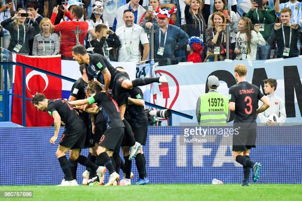 The Croatian players celebrate Ivan Rakitic scoring during the FIFA World Cup Group D match between Argentina and Croatia at Nizhny Novogorod Stadium...