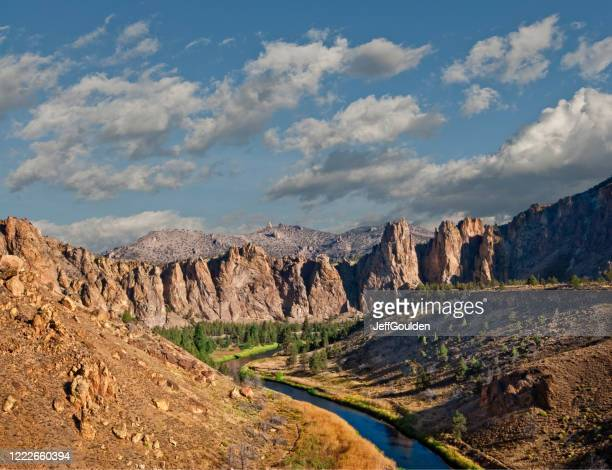 the crooked river gorge - jeff goulden stock pictures, royalty-free photos & images