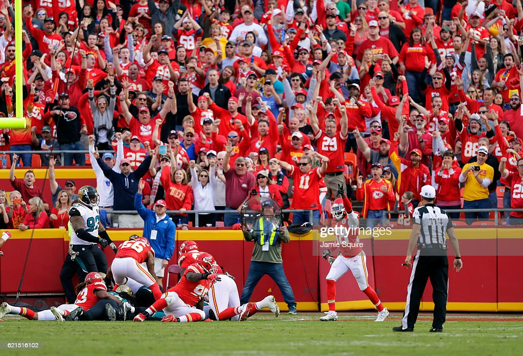 The crowd reacts as the Kansas City Chiefs recover a fumble in the end zone during the game against the Jacksonville Jaguars at Arrowhead Stadium on November 6, 2016 in Kansas City, Missouri.