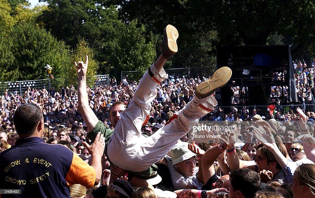 V Festival 2003 : News Photo