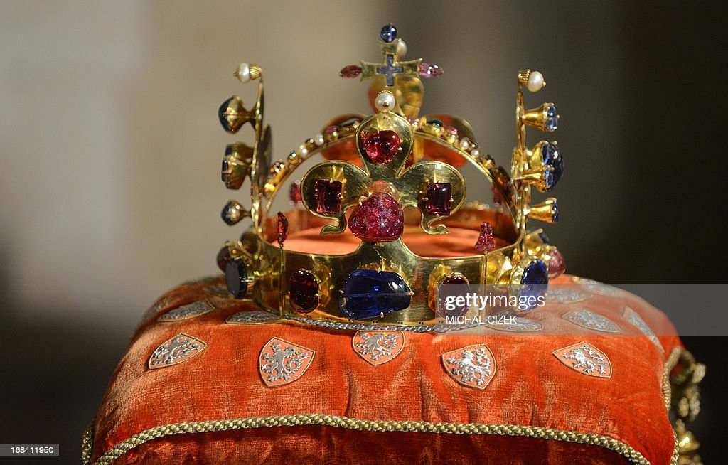 CZECH-REPUBLIC-JEWELS-EXHIBITION : News Photo
