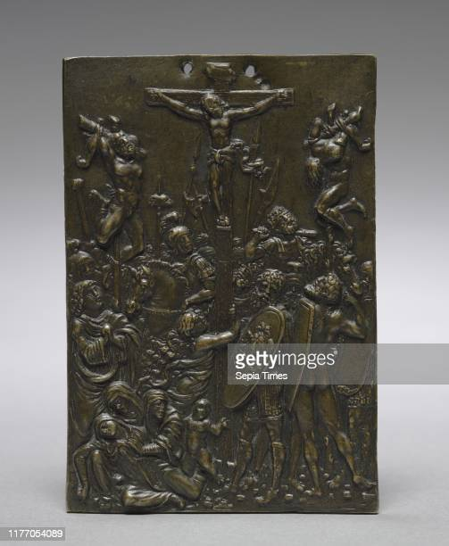 The Crucifixion, 1500s. Moderno . Bronze; overall: 11.6 x 8 cm .
