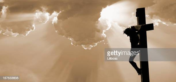 the crucifixion of jesus christ - death and resurrection of jesus stock photos and pictures