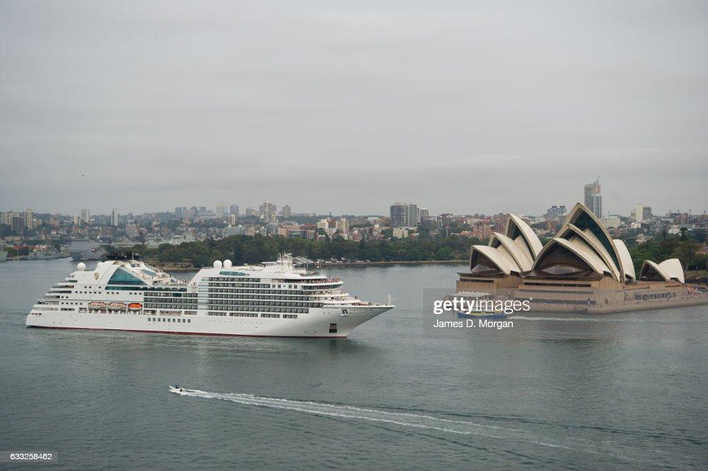 Seabourn Encore Visits Sydney Harbour