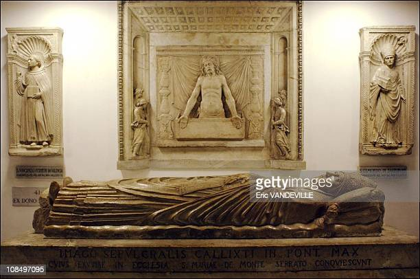 The crypt of St. Peter's Basilica, resting place of 148 Popes from St. Peter to John Paul II : Calixt III's tomb in Rome, Vatican City on October 01,...