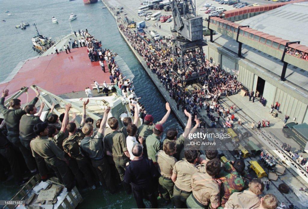 Falklands War : News Photo