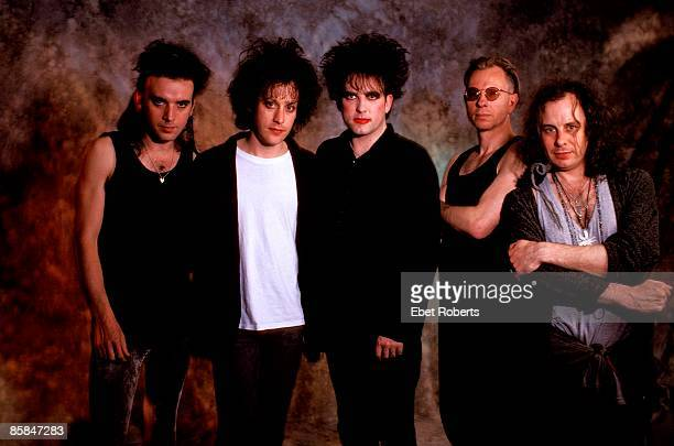 Photo of The CURE and Simon GALLUP and Robert SMITH and Boris WILLIAMS and Porl THOMPSON and Perry BAMONTE LR Simon Gallup Perry Bamonte Robert Smith...