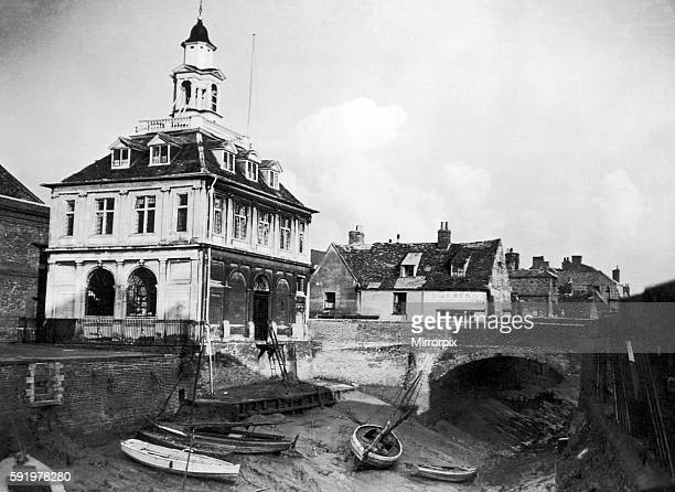 The Custom's House built in 1683 King¿ Lynn Norfolk Circa 1945 The River Cuse runs alongside but is a mere trickle at low tide