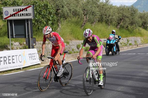 The cyclist Victor Lafay, of the Cofidis Team, overtakes the cyclist Giovanni Carboni, of the Bardiani CSF Faizanè, during the eighth stage of the...