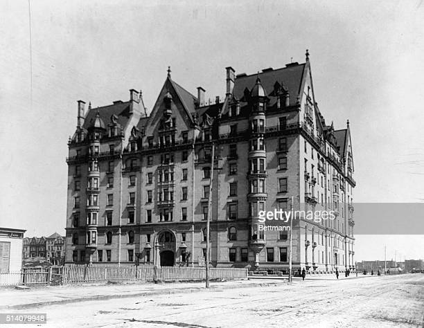 The Dakota Apartment House in Central Park West New York New York ca 1890 | Location Central Park West and 72nd Street New York New York USA