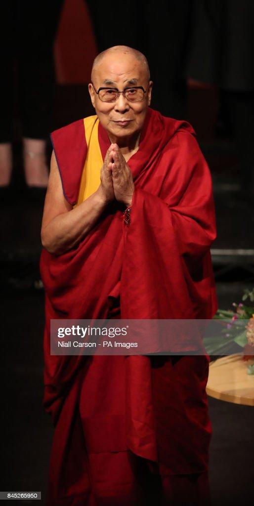 Dalai Lama visits Londonderry : News Photo