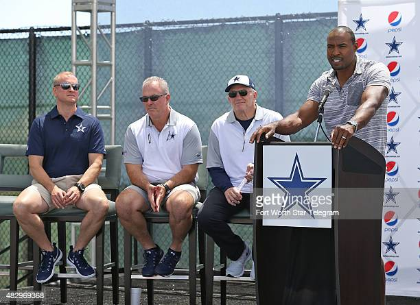 The Dallas Cowboys including the Jones family from left Jerry Jones Jr Stephen Jones and Jerry Jones announc that former Cowboy Darren Woodson would...