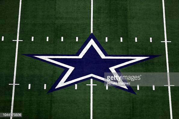 133 Dallas Cowboys Logo Photos And Premium High Res Pictures Getty Images