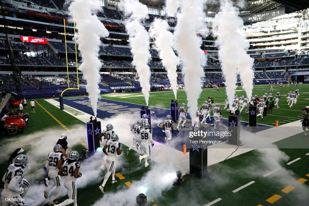 Washington Football Team v Dallas Cowboys : ニュース写真