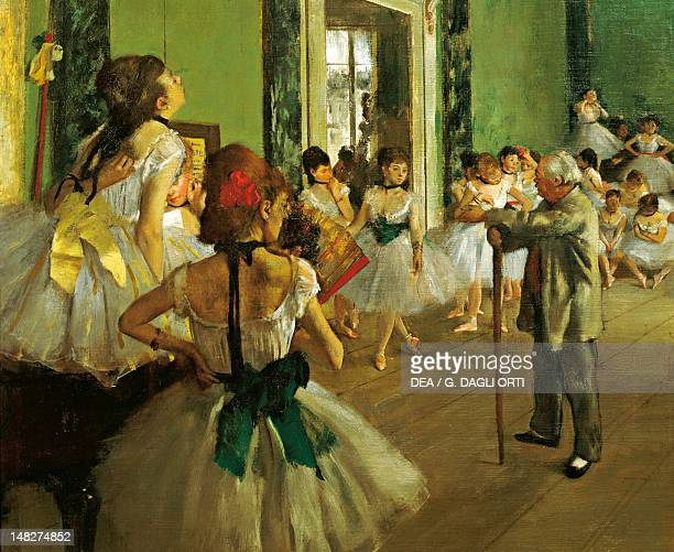 The dance class by Edgar Degas oil on canvas 85x75 cm Detail Paris Musée D'Orsay