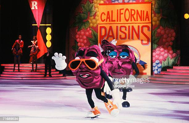 The dancing California Raisins perform to the song Heard It Through The Grapevine in a 1988 Los Angeles California ice show The California Raisins...