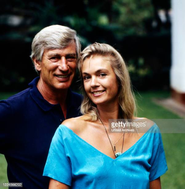 The danish actress Birte Berg together with the german actor Siegfried Rauch in the set for 'Death Stone' Sri Lanka 1986