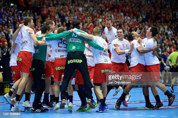 The danish players celebrate after the IHF Men's World Championships Handball Final between Denmark and Norway in Jyske Bank Boxen on January 27,...