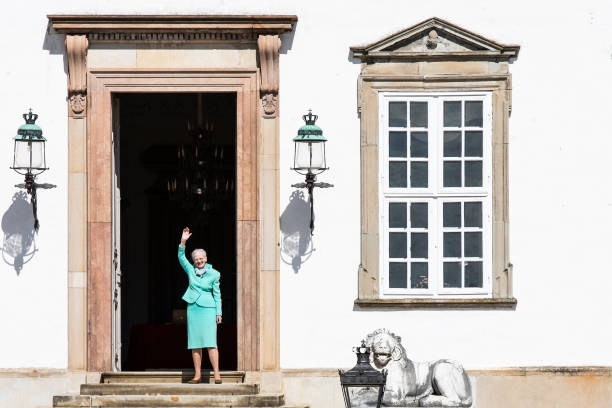 UNS: The Royal Week - April 20