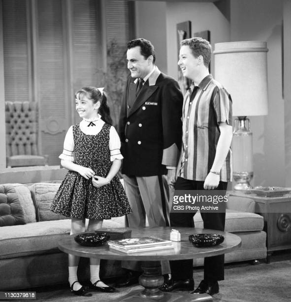 The Danny Thomas Show a CBS television situation comedy Episode Jose's Guided Tour originally broadcast February 25 1963 Pictured from left is Angela...