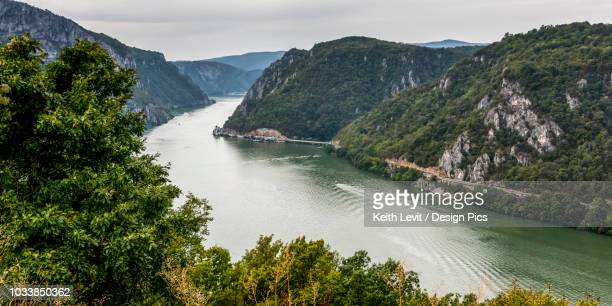 the danube - serbien stock-fotos und bilder