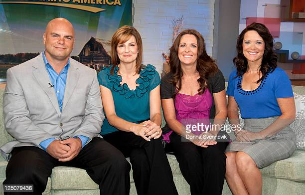 AMERICA The Dargers a polygamist family discuss their lifestyle on 'Good Morning America' 9/13/11 airing the ABC Television Network JOE